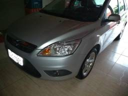 Ford Focus 2011 top - 2011