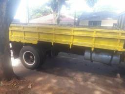 Vendo caminhão ano 73