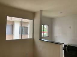 Barato - Oportunidade - Apartamento em Condomínio Fechado