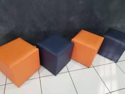 Banquetas quadradas 40x40 cm (agora apenas 1 de cada cor)