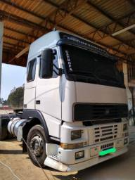 Volvo FH 12  ano 2001 globetroter 6x2