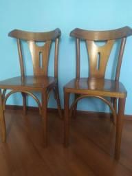 Cadeiras de madeira x2