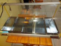 Estufa  e 3 jogos de mesas de madeira