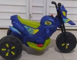 Título do anúncio: Moto elétrica infantil  xt3