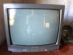 Televisão de Tubo 20 polegadas