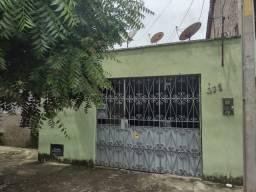 Vende-se Casa Residencial 200m² com 3 quartos Piçarra, Centro-Teresina