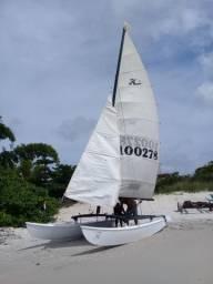 Barco Hobbiecat 16
