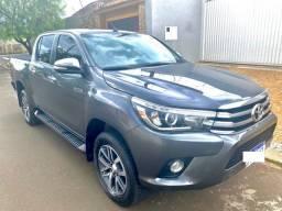 Toyota Hilux 2.8 SRX 2017 4x4