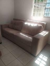 Sofá enorme