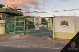 Condomínio Vila Lobos casa térrea com 3 quartos sendo 1 suíte.