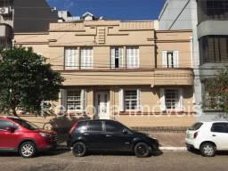 Título do anúncio: Apartamento com 02 dormitórios na Rua Jacinto Gomes ? Santana ? Porto Alegre - RS