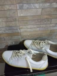 Sapato feminino pouco usado