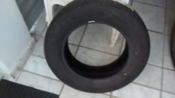 Vende-se pneus
