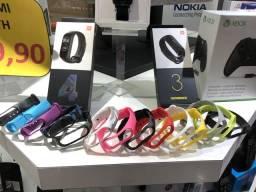 Varias cores de pulseiras