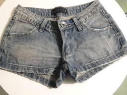 Shorts pouco uso tamanho 36