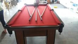 Mesa Quatro Pés laterais Cor Imbuia Tecido Vermelha Mod. MXGU8717