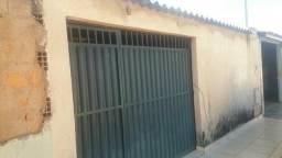Vendo uma casa no setor de chácaras anhanguera c