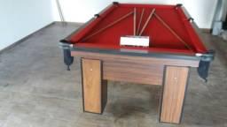 Mesa com Redinhas Cor Imbuia Tecido Vermelha Mod. XLAZ9322