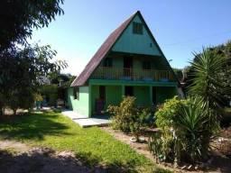 Velleda oferece cabana 5 dormitórios, piscina, 1 km da RS 040