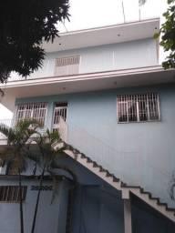 Alugo casa na avenida 22 de maio