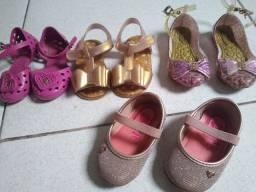 Sandálias para menina