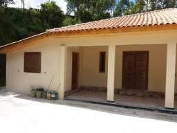 Excelente Chácara com Área de 2.500m², situada na Estrada da Barra em Marmelópolis/MG