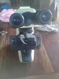 Vendo microscópio binocular eclipse e 200