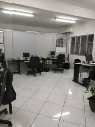 Título do anúncio: Galpão/Armazém para aluguel tem 550 m² com um escritório amplo em Vila Mathias - Santos -