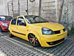 Título do anúncio: Clio Amarelo - Carro todo montado