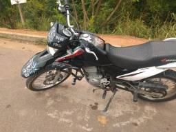 Título do anúncio: Vendo moto broz 2013