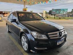 Título do anúncio: Mercedes c200. Impecável. Somente venda
