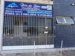 Título do anúncio: Casa de Prive em Pau Amarelo Próx.Av. Costa Azul, 3 Quartos Perto de Parada de Onibus