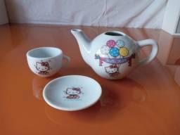 Hello Kitty - Bule e xícara de chá!