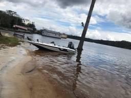 Lancha bass boat nitro