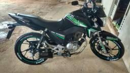 Titan 160 preta com verde - 2018