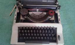 Reliquia.maquina de escrever portatil remington ipanema