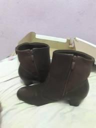 Vendo bota da marca piccadilly de 180 por 80 reais
