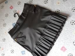Saia em couro vestido listra na lateral nunca usado