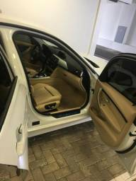 Vendo BMW 320I active flex - 2017