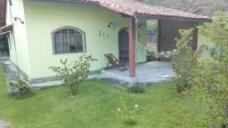 Vendo excelente casa em Conceição de Jacareí