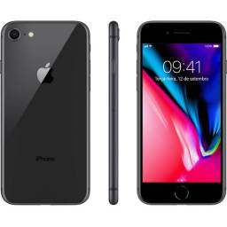 IPhone 8 Plus Apple 128GB, Tela 5,5 Resistente à Água - Cinza Espacial