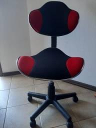 Vendo cadeira de escritorio,motivo mudança
