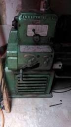 Torno Mecânico Invicta IC 400