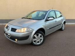 Renault Megane 1.6 manual (troco por maior valor)