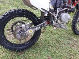 Título do anúncio: Moto crf230