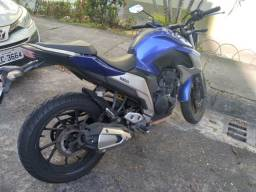 Título do anúncio: Moto yamaha fazer 250 cc