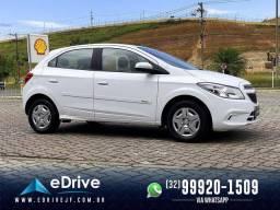 Chevrolet ONIX LT 1.0 Flex 5p Mec. - Entrada no Cartão - Financio - Troco - Uber - 2015