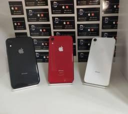 Título do anúncio: iPhone XR 64GB  ac cartão até 18X