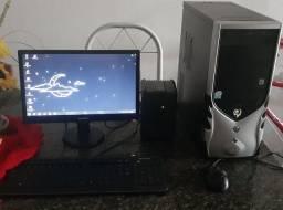 Computador usado ( em perfeito estado).