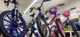 Título do anúncio: Promoção Relampago Bicicleta aro 16 infantil nova para 5 anos